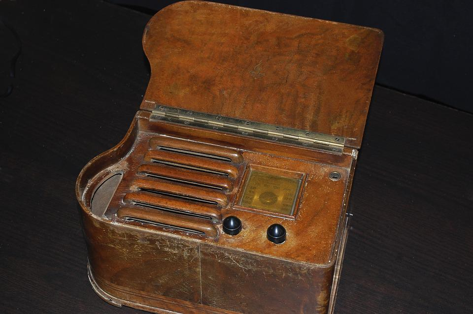 Old, Radio, Old Radio, Transistor, Valves Within
