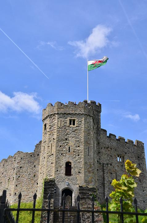Castle, Medieval, Flag, Cardiff, Wales, Old