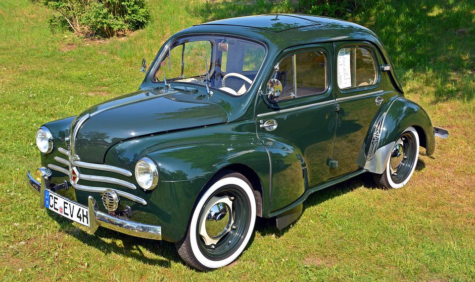 free photo oldtimer renault renault 4 cv luxe