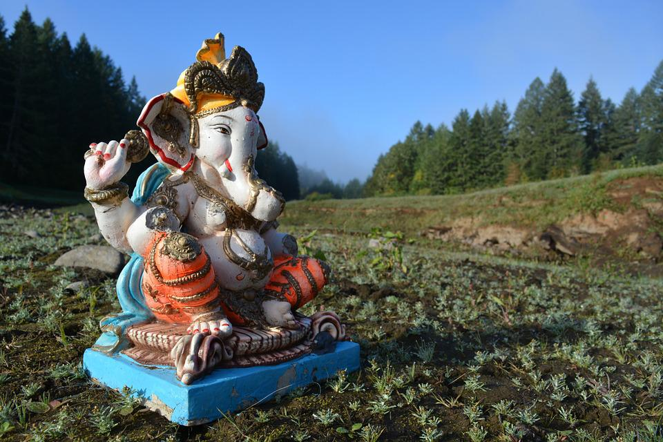 Ganesh, Hagg Lake, Oregon