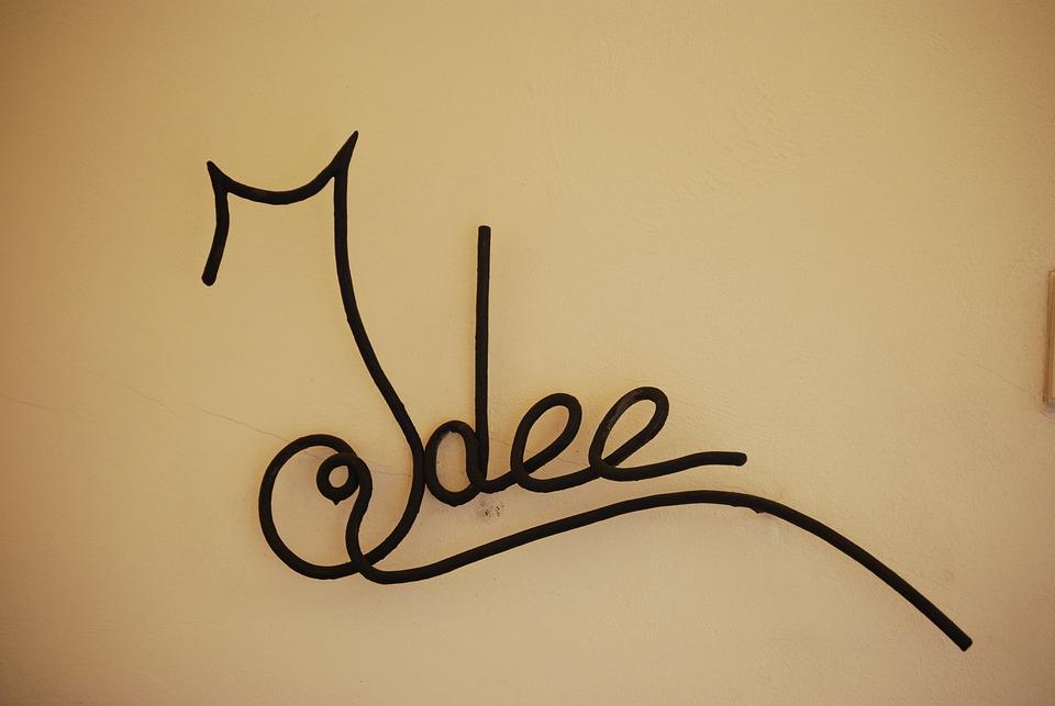 Idea, Otranto, Teaches