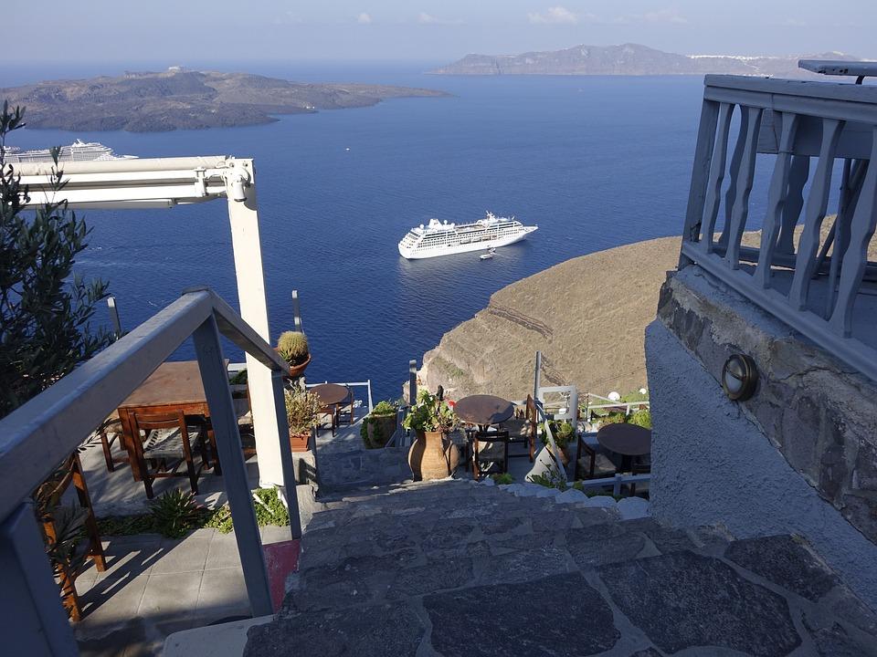 Cyclades, Santorini, Outlook
