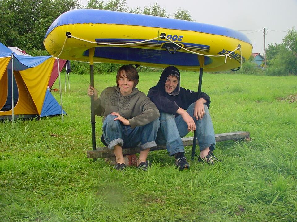 Paddle Boat, Summer Rain, Roof, Fun, Guys, Play