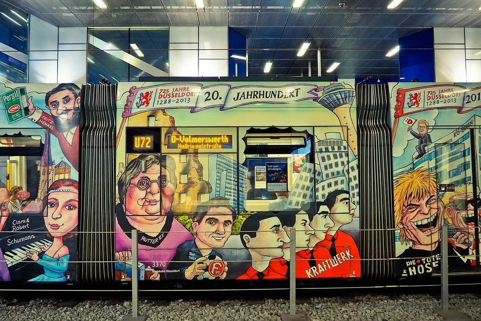 Tram, Painting, Metro, Graffiti, Color, Art, Street Art