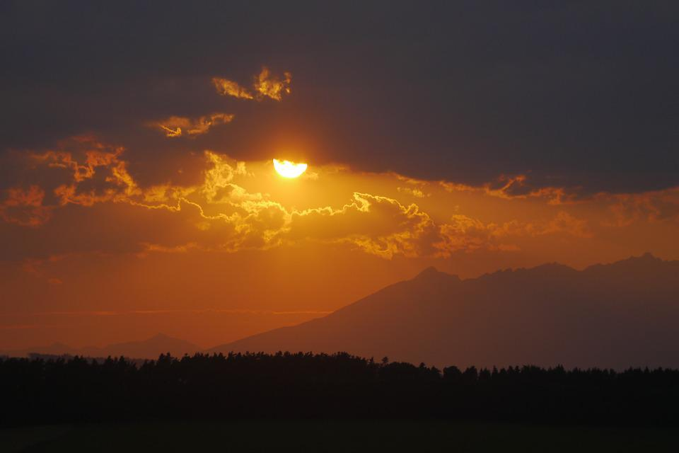 Sunset, The Sky, Vysoké Tatry, Clouds, Forest, Panorama