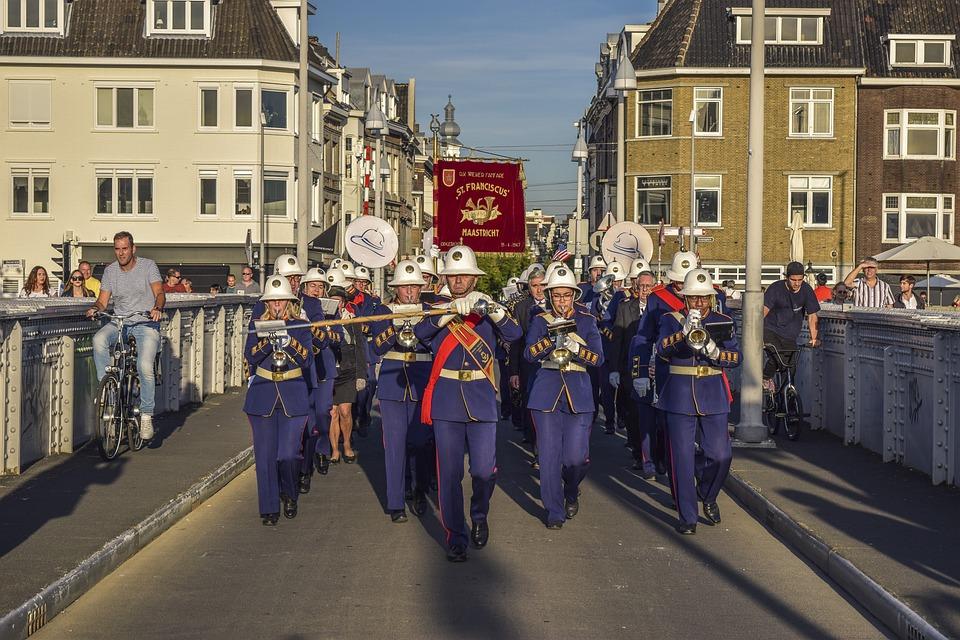 Parade, Music, Musician, Play, Musical Instrument
