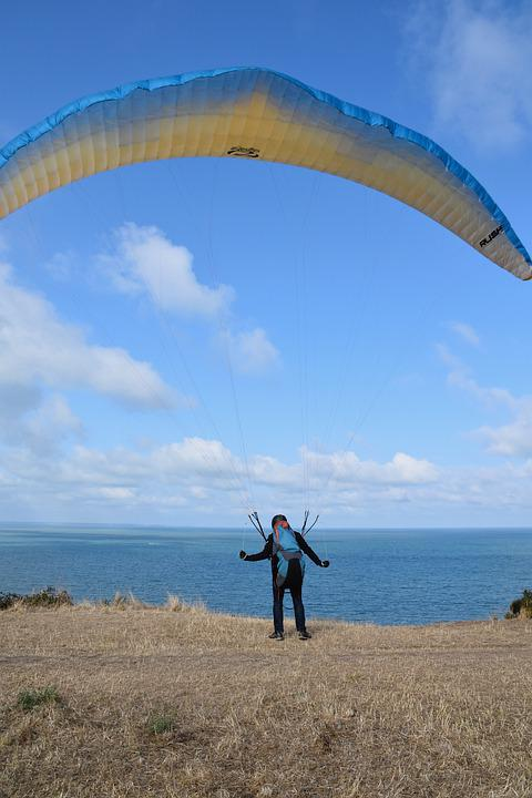 Paragliding, Paraglider, To Prepare For Its Flight