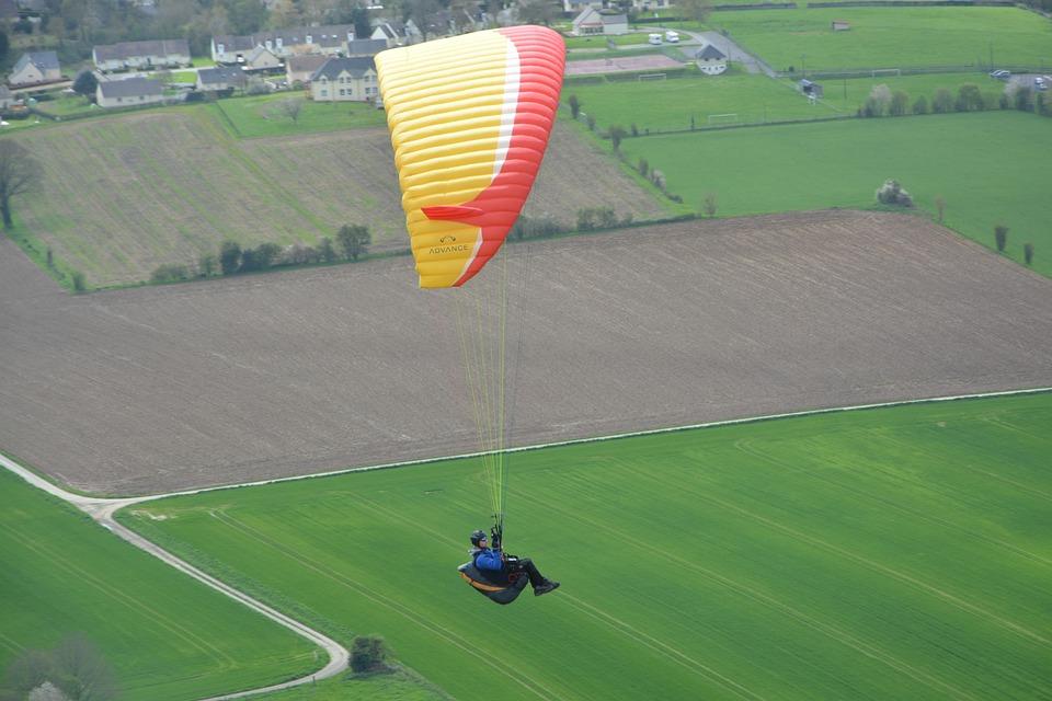 Paragliding, Wing Paragliding, Sailing Orange