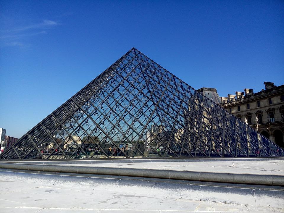 France, Paris, Louvre, Pyramid