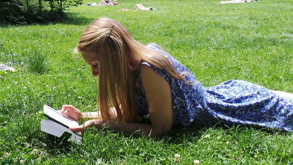 Read, E Reader, Park, Sun, Summer, Relax, Grass