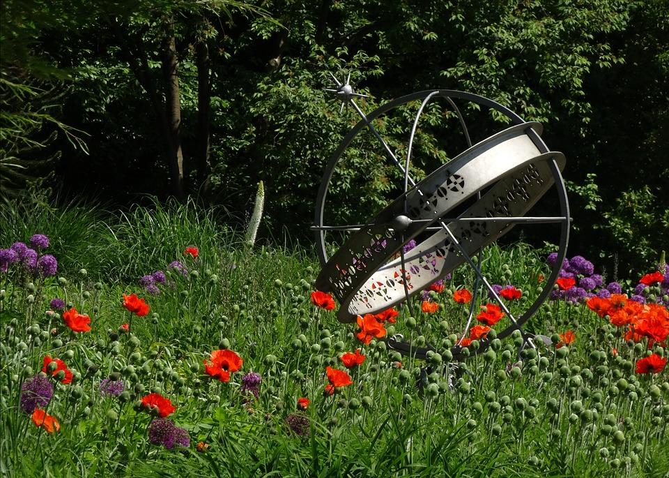 Sundial, Park, Summer
