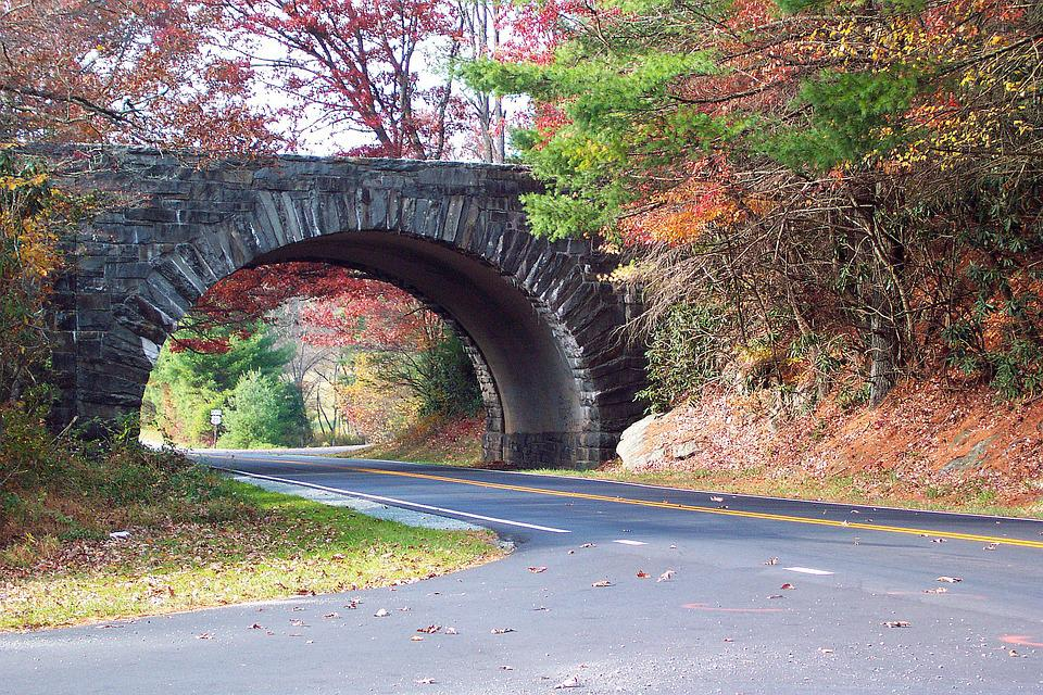 Blue Ridge Parkway, Fall Leaves, Autumn, Parkway