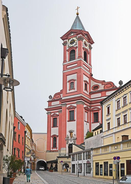 Passau, Old Town, Parish Church Of St Paul, Embossing