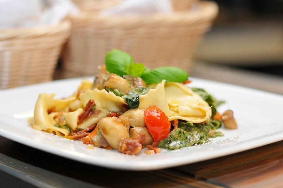 Pasta, Dinner, Mushrooms, Cocktail Tomatoes, Basil