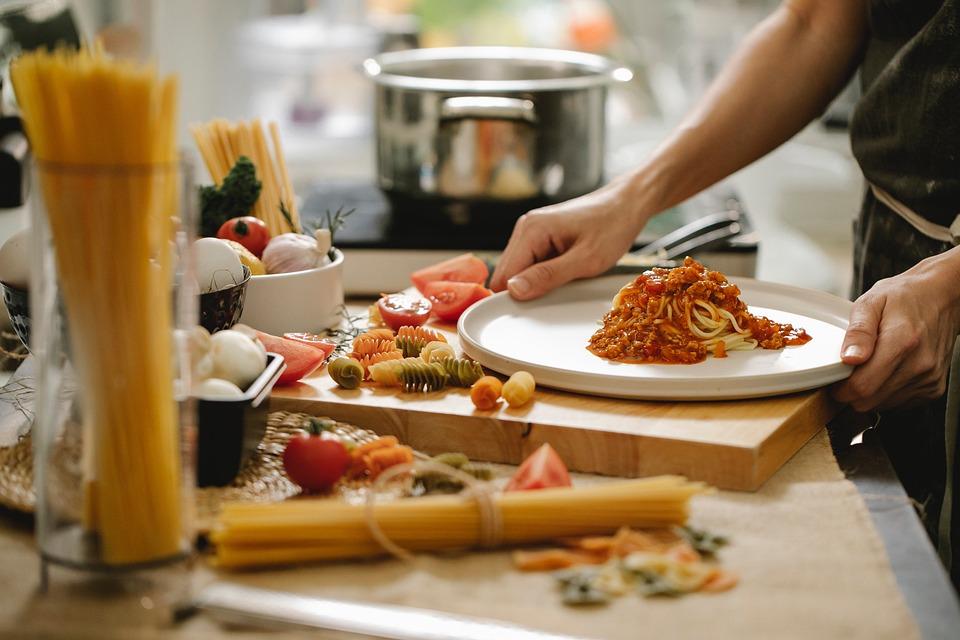 Spaghetti, Pasta, Cooking, Kitchen, Meal Preparation