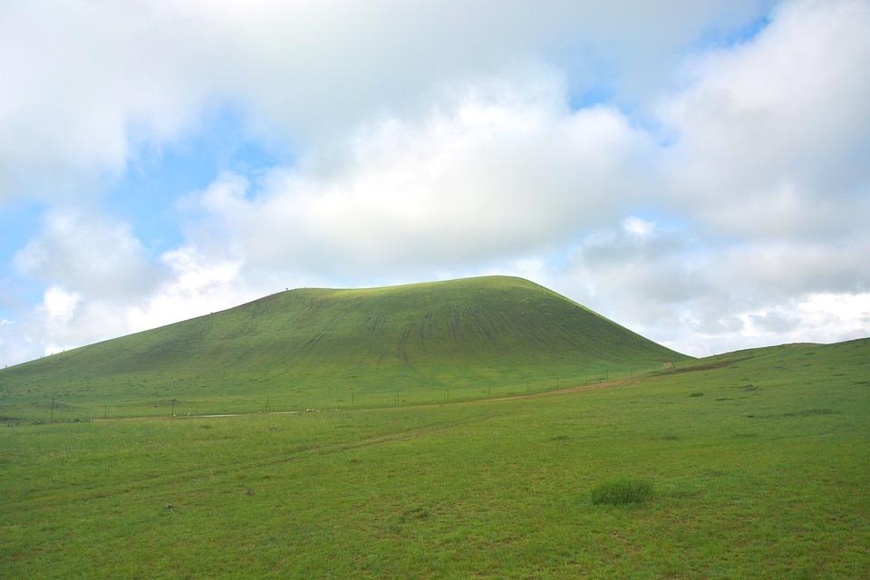Prairie, Mountain, Clouds, Greenery, Grass, Pasture