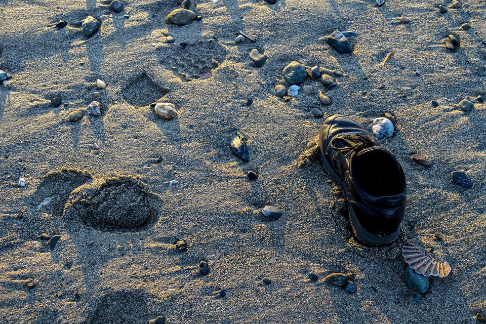 Shoe, Beach, Abandoned, Path, Walk, Footprints