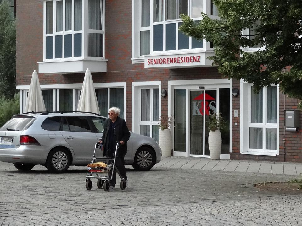 Pensioner, Seniorin, Old People's Home, Rollator, Age