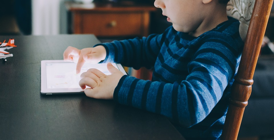People, Kid, Baby, Child, Boy, Toddler, Ipad, Tablet