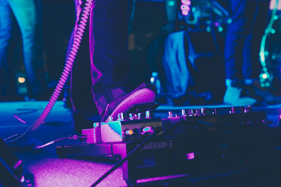 Guy, Man, Male, People, Foot, Step, Amplifier, Pedals