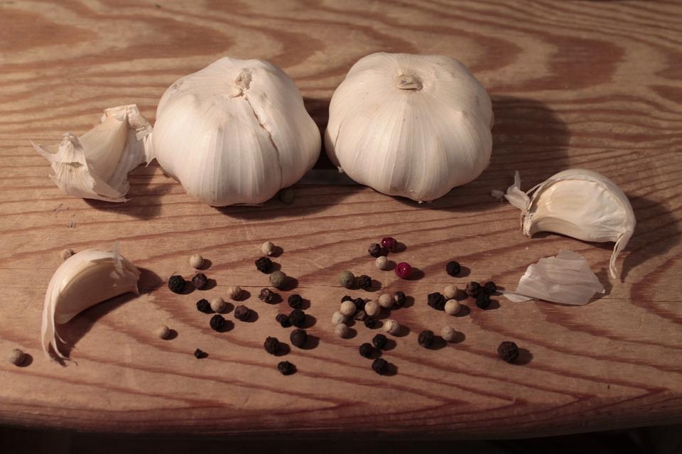 Garlic, Pepper, Wood, Mediterranean, Food, Aromatic