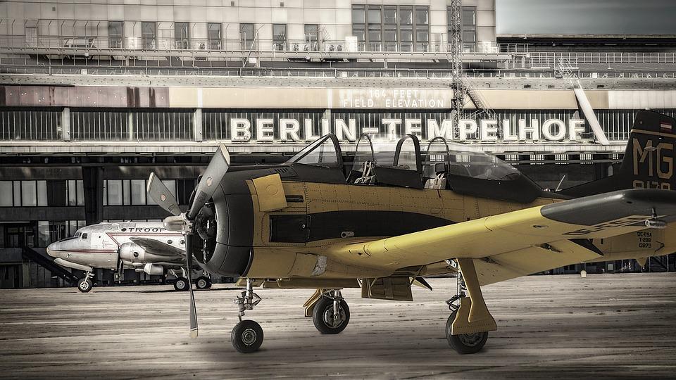 Model Airplane, T28 Trojan, Photomontage, Oldtimer