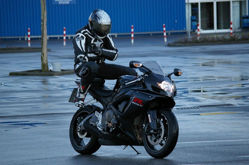 Man, Motorcycle, Pillion, Suzuki, Motorcyclist, Funny