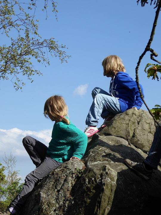 Children, Play, Climb, Girl, Friends, Devil's Wall