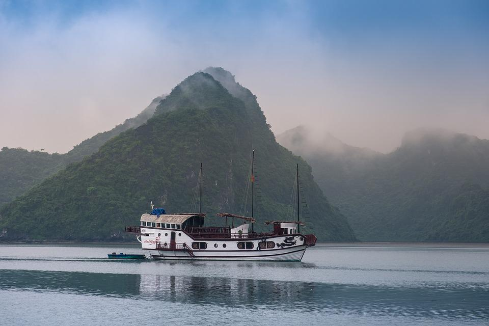 Police Ha Bay, Three Flying Cat, Ha Long Bay