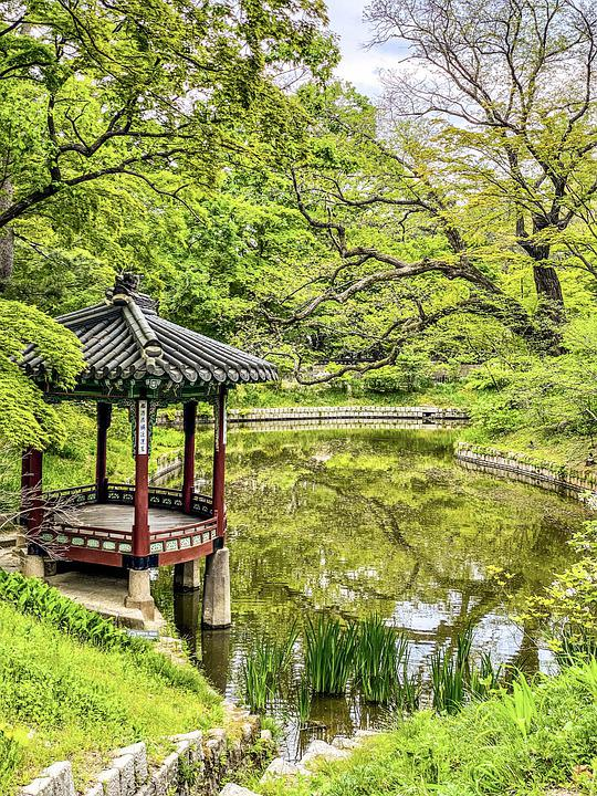 Changdeokgung Palace, Secret Garden, Pond, Pavilion