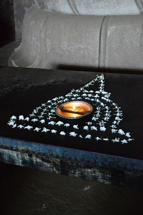 Pooja, Ritual, Oil Lamp, Jasmines, Polonnaruwa