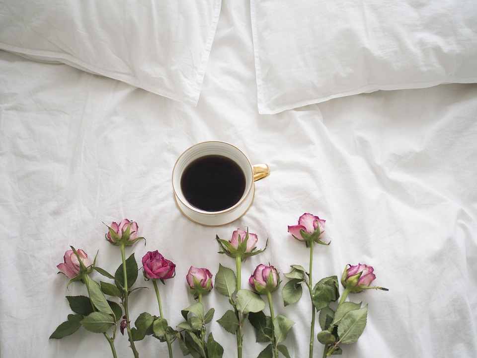 Coffee, Roses, Bed, Porcelain, A Cup Of Coffee