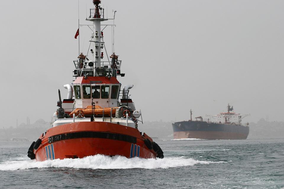 Tanker, Port Tractor, Ship, Istanbul, Bosphorus, Turkey