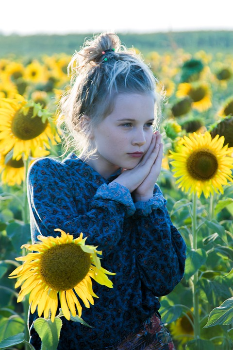 Model, Sunflowers, Greens, Summer, Girl, Portrait, Sun