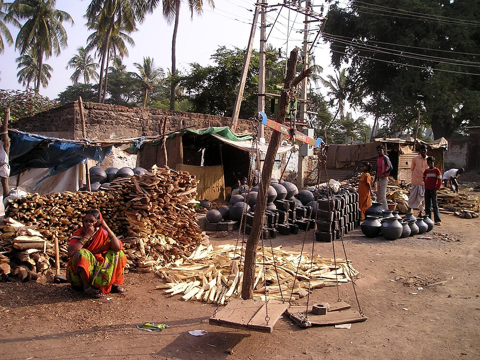 India, Poverty, Market, Street Trading, Pots, Firewood
