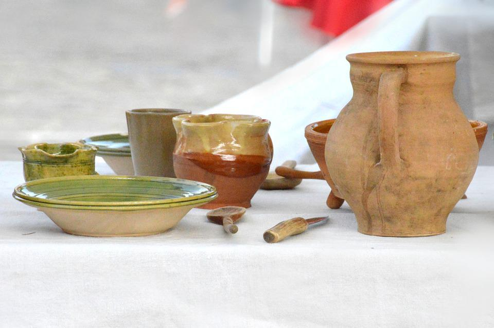 Medieval Times, Table, Pottery, Pot, Vintage, Dishes
