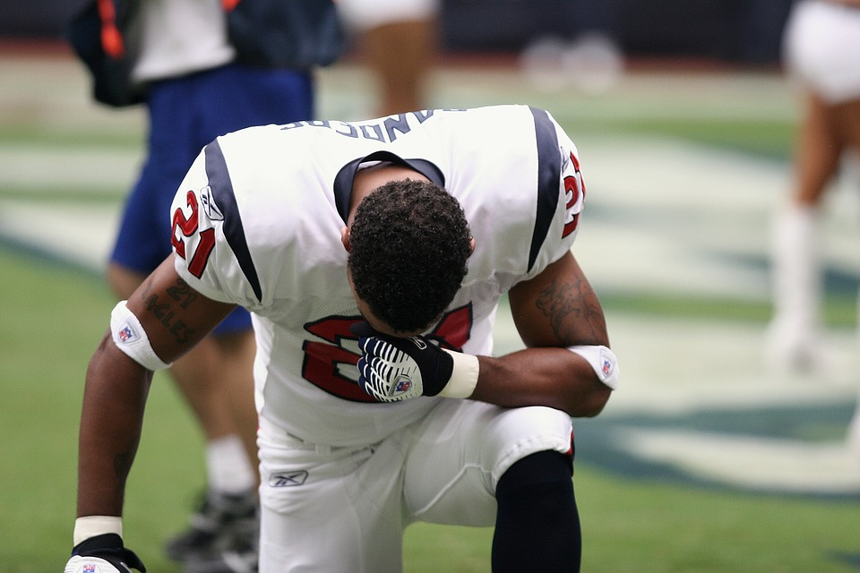 Professional Football, Player, Nfl, Praying, Sport