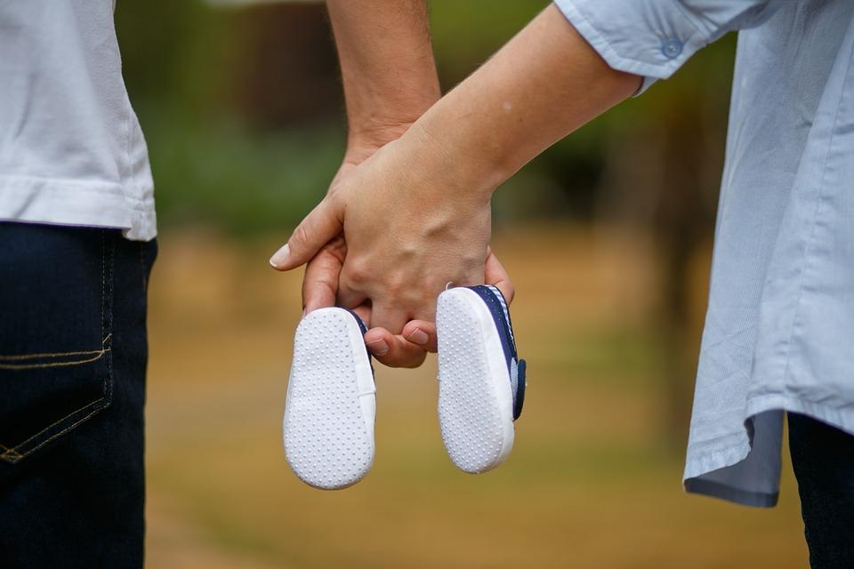 Son, Pregnant Woman, Shoe, Bebe, Mother, Boy, Pregnancy