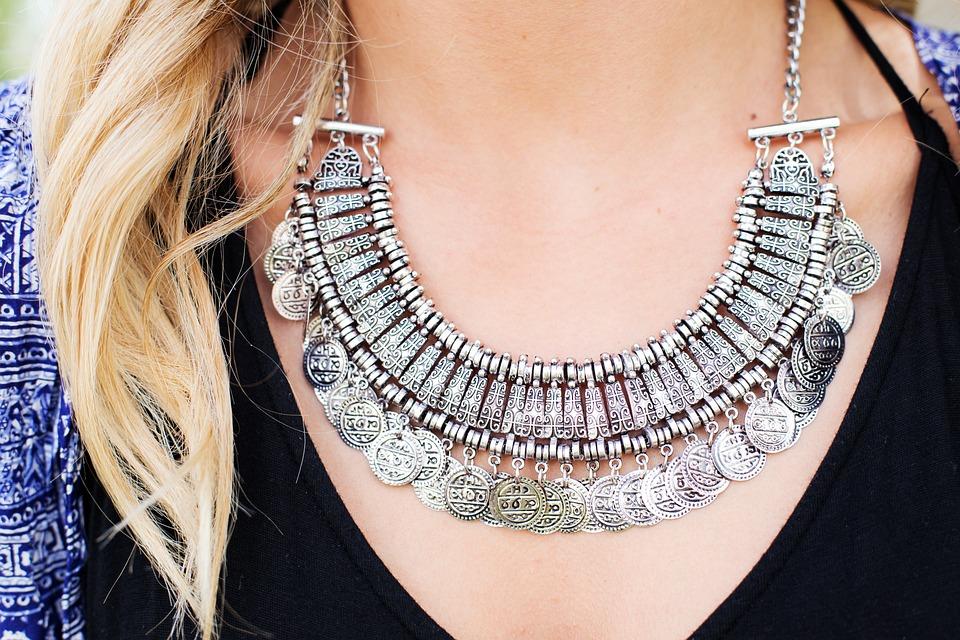 Necklace, Jewelry, Silver, Woman, Pretty, Elegant