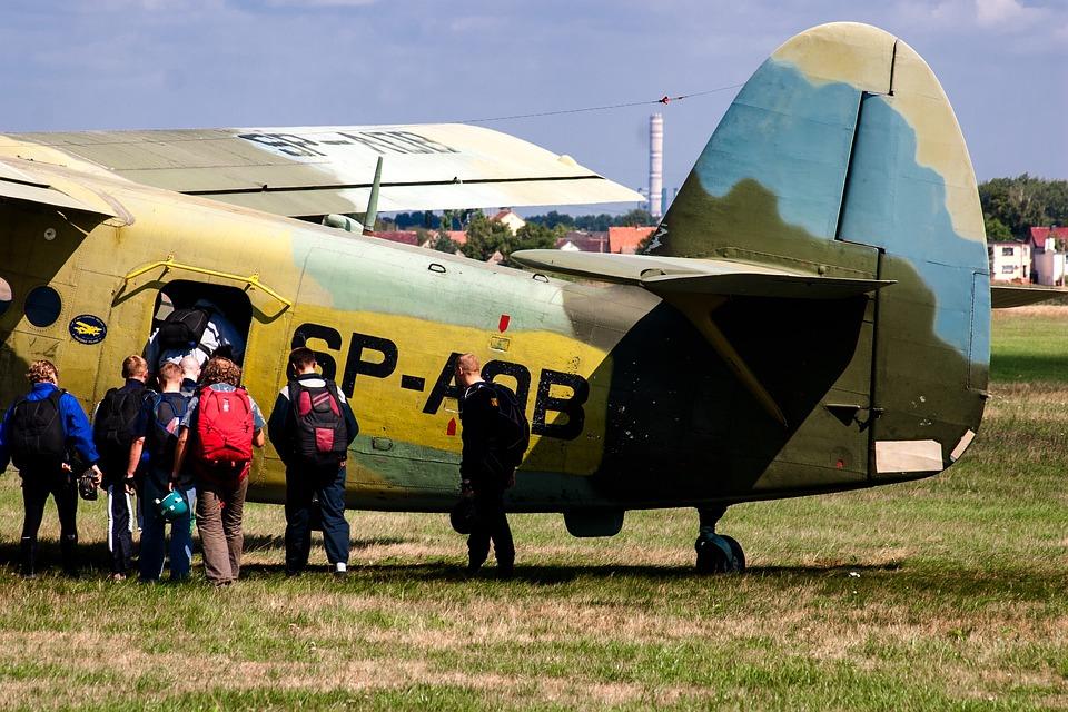 Aircraft, Double Decker, Propeller, Parachutist
