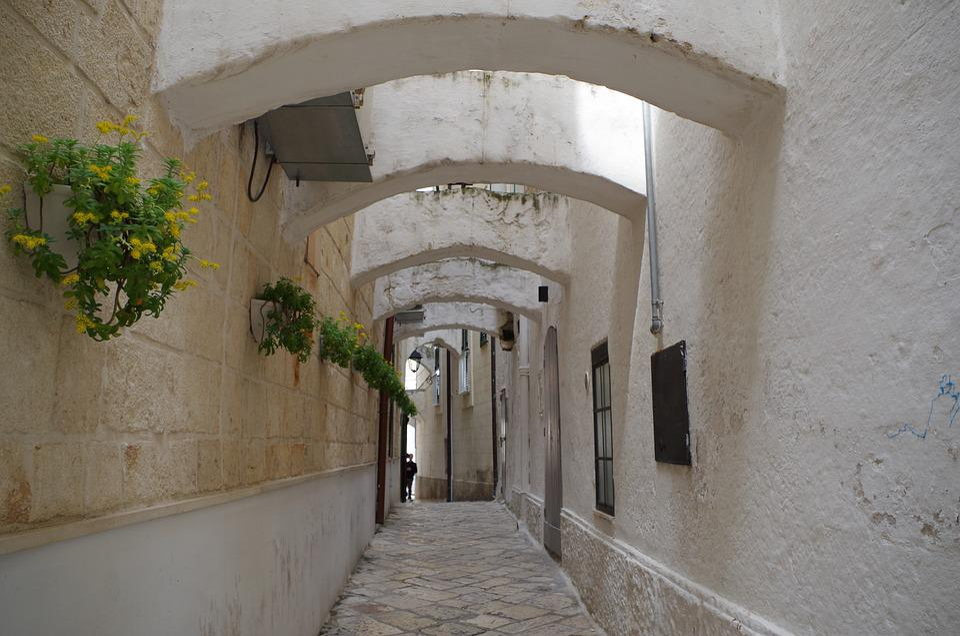 Monopoli, Puglia, Borgo, Town, South, Apulia, Glimpse