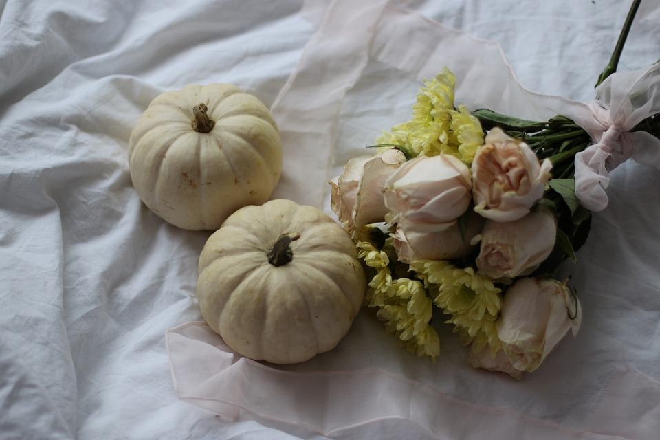 Pumpkin, Decoration, Rose, Bouquet, Pink, Romantic