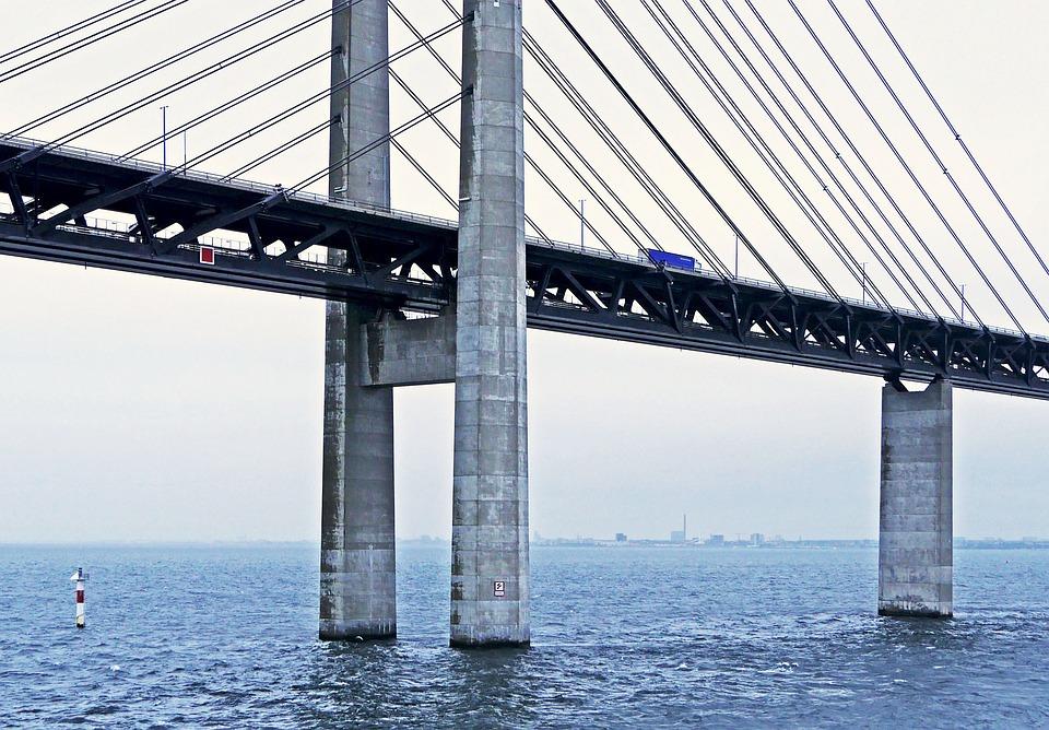 Oresund Bridge, Tractor, Forty Tonner, Pillar, Pylons