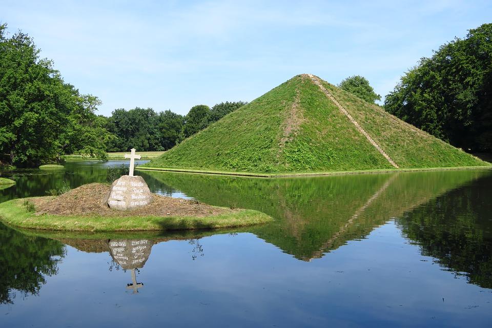 Pyramid, Lake, Grave, Hermann Von Puckler