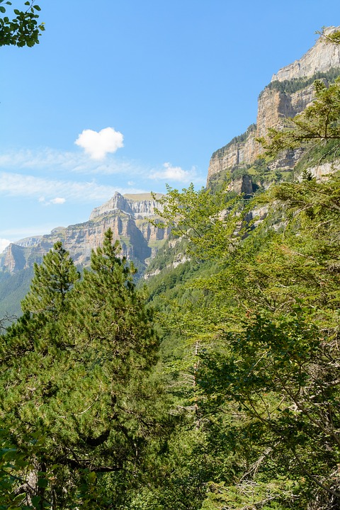 Ordesa Valley, Pyrenees, Huesca, Landscape
