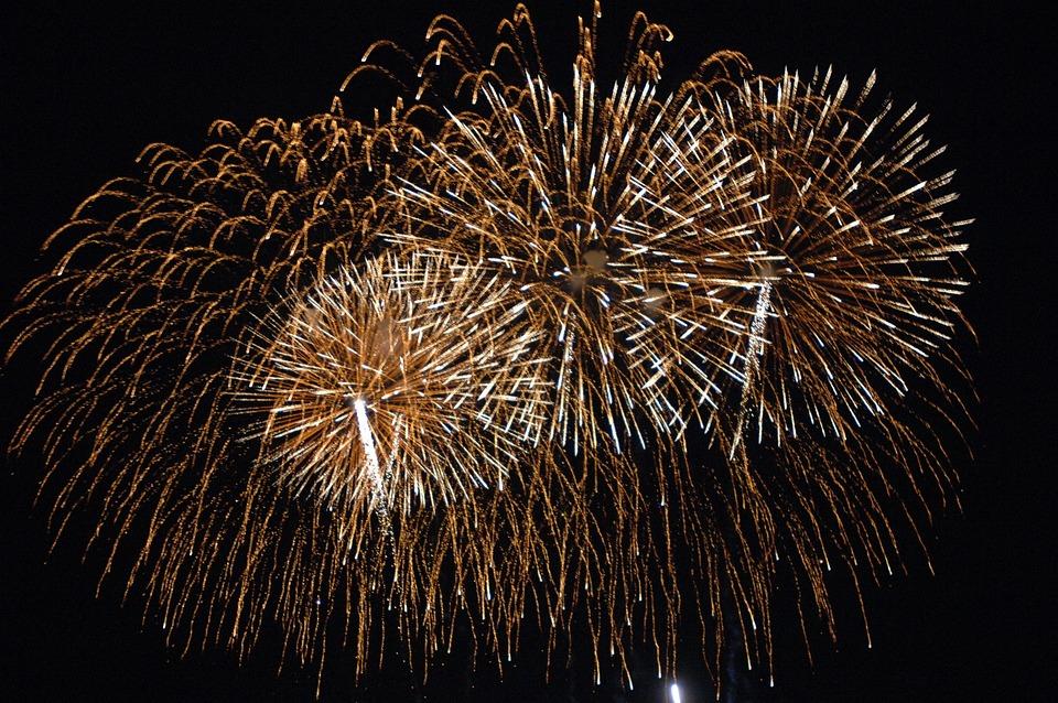 Laburnum, Night, New Year's Eve, Pyrotechnics