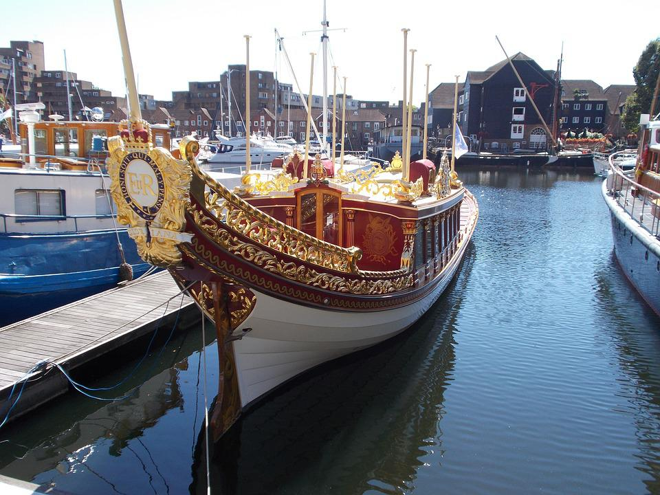 London, Docks, Gloriana, The Barge, Queen