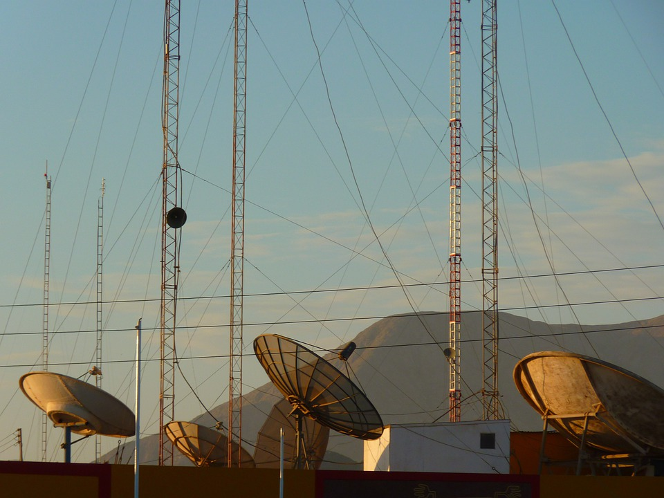 Satellite Dishes, Radio, Antenna, Watch Tv