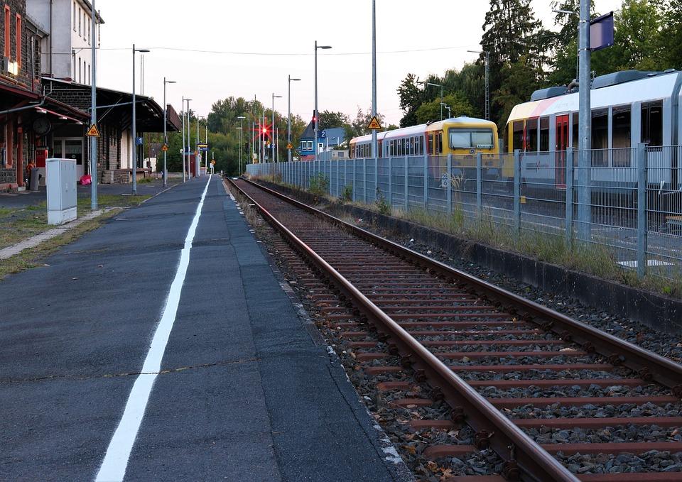 Platform, Railcar, Railway Station, Rail Traffic, Train