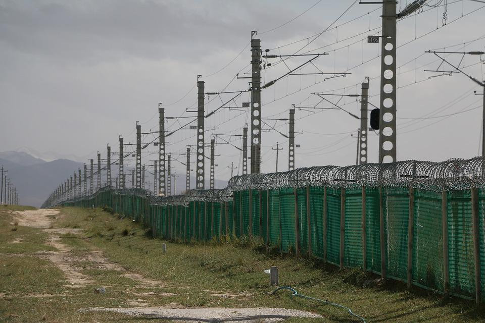 Railway, Fences, Repeat